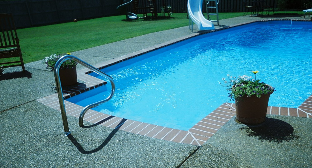 beautiful seamless in-ground pool